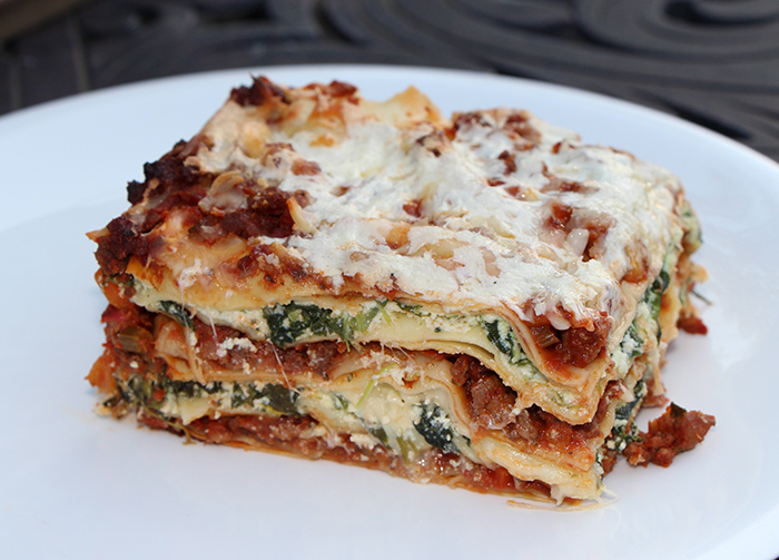 Lasagne with 4 cheeses and bolognese sauce recipe from for Different kinds of lasagna recipes